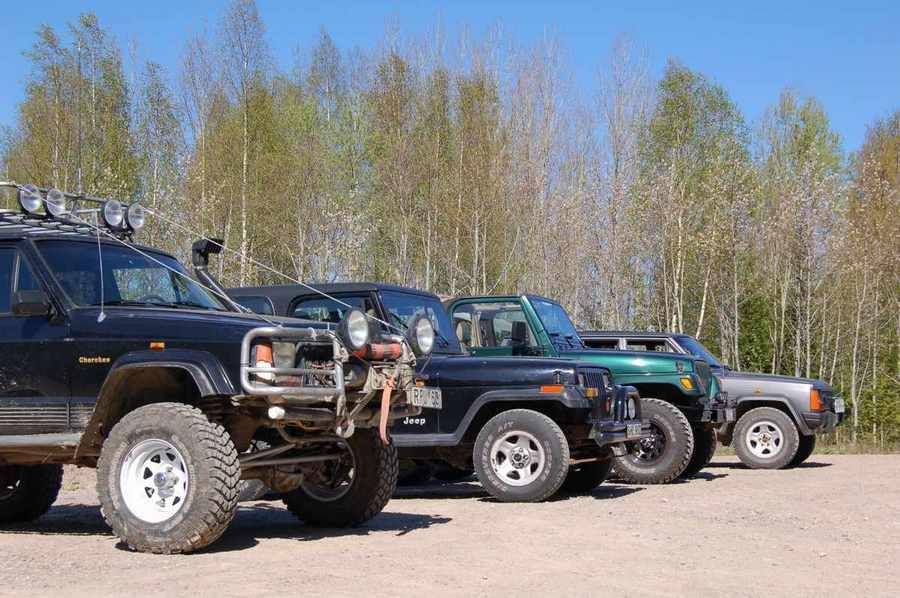 Fyrhjulsdrivna bilar på Torpa Gård